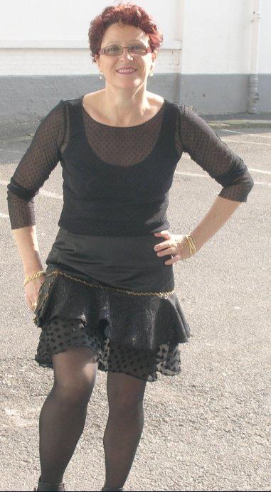 Aline Kellou jupe noire