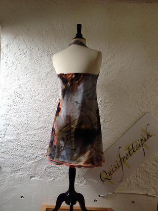 N•589 Robe dos nuT38-169€ c