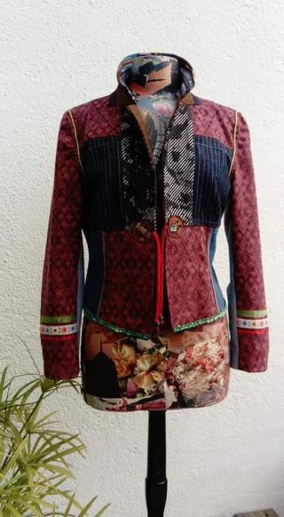 N°889 veste taille 42 pièce unique 299€ devant