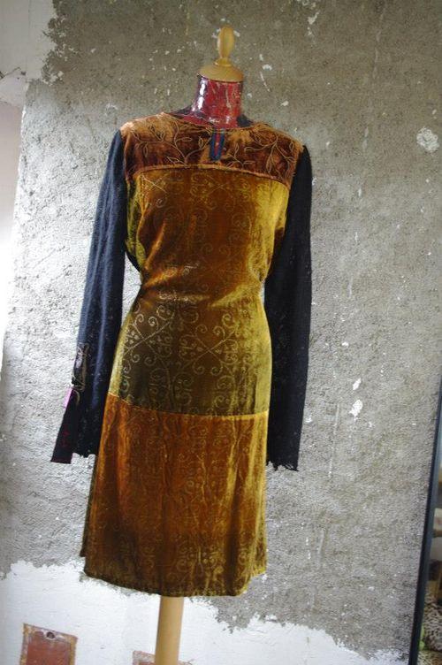Robe en Velours de soie Quisifrottsipik