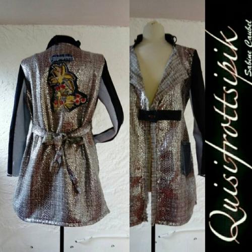 N°647 veste taille 42 pièce unique 259€ www.quisifrottsipik.com