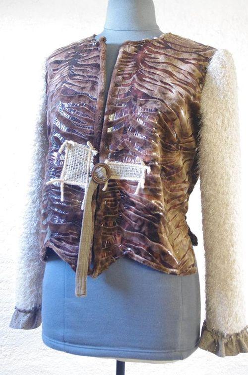 N°427 Gilet Quisifrottsipik Taille44 pièce unique 149€ www.quisifrottsipik.com