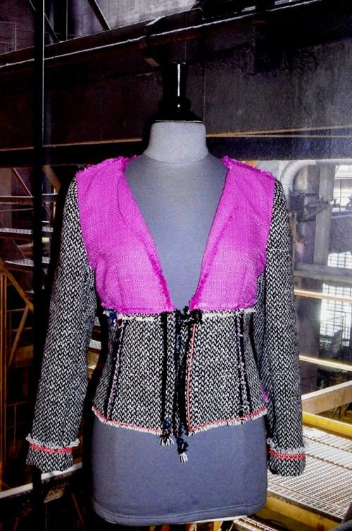 N°618 Veste T42 pièce unique 219€ #MadeinFrance www.quisifrottsipik.com
