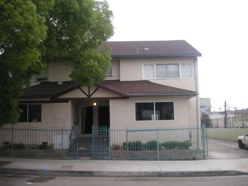 La maison de Wendy, Winona Blvd.
