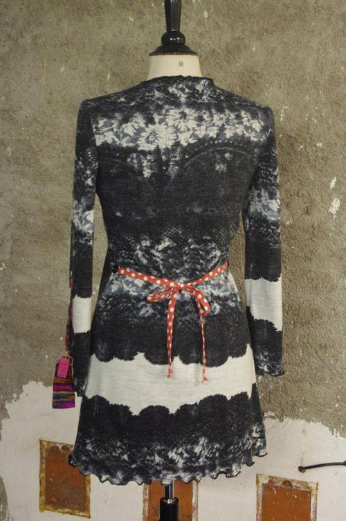 N°325 bis Robe/Tunik en laine T40 Quisifrottsipik 159€ pièce unique
